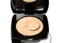 Avon Ideal Flawless Cream to Powder Foundation Compact